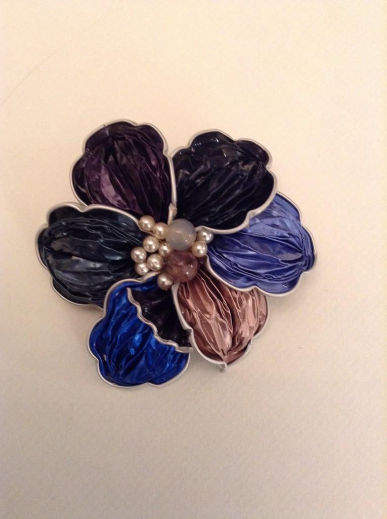 Brosche Blau Lila Rosa