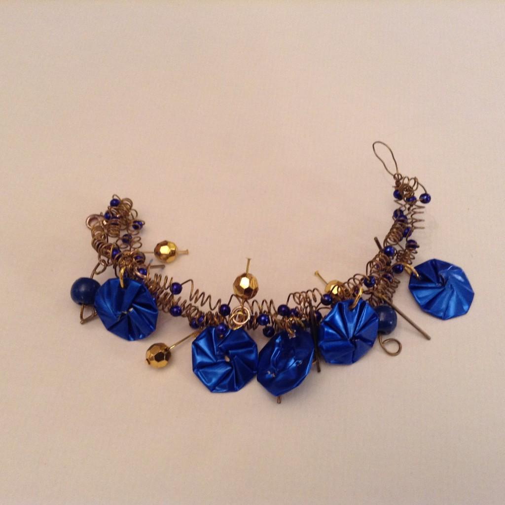 Spiraldrahtarmband Gold Blau